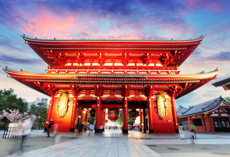 tokyo-japan-asakusa-temple-sunset-65916641